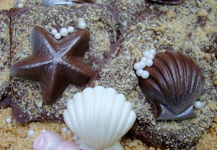 "Chocolate Graham Crackers Seashell Chocolates on ""Sand"" Beach Wedding Favors  Birthday Luau Party Favors  Rustic Wedding Favors Candy Buffet by TaylorsSweetRevenge on Etsy https://www.etsy.com/listing/191323408/chocolate-graham-crackers-seashell"