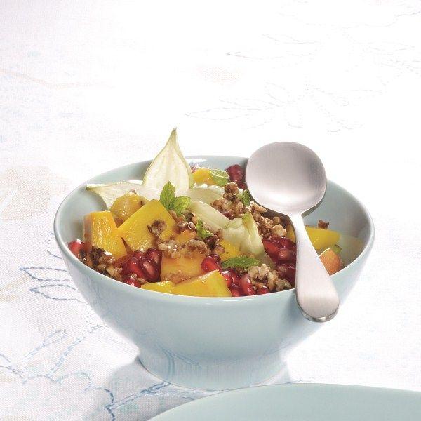 Kom in de zomerstemming met deze fruitsalade met amandelen. #WeightWatchers #WWrecept