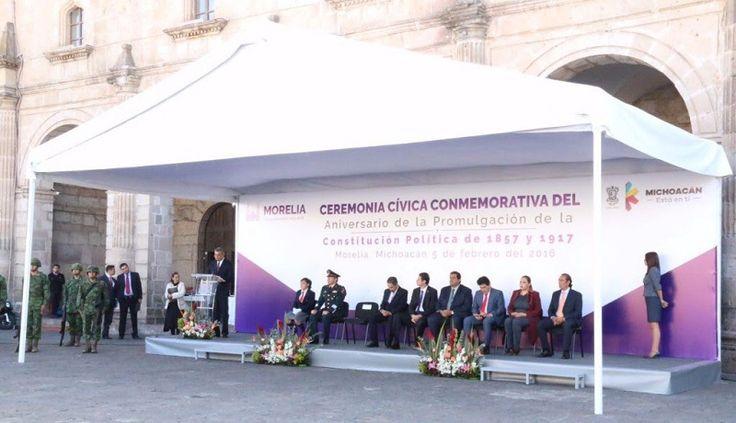 El presidente municipal, Alfonso Martínez, participó en la ceremonia cívica conmemorativa al aniversario de la promulgación de la Constitución de 1857 y 1917, celebrada este 5 de febrero en la ...