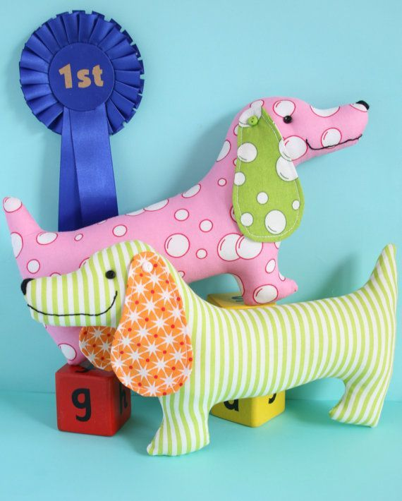 Best in Show: sausage dog pattern easy sewing von ricracsews