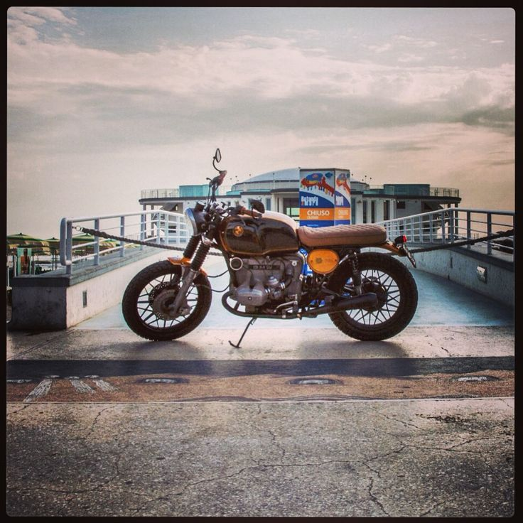 #REcyclesLOVEdetail / please welcome our new sister #moto #12 based on #bmw R80 / #tailorhandmade in #LeMarche #Italia by #recycles moto usate dall'animo Nobile / info@recycles.it for further informations