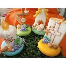 Resultado de imagem para souvenirs para comunion en porcelana fria
