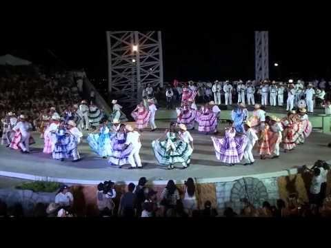 Ballet Folklórico de México de Amalia Hernández - YouTube 2:08:47