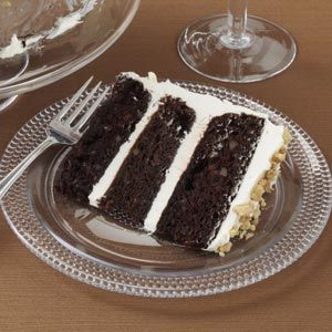 Dark Chocolate Carrot Cake.  Lovvvee Carrot cake, what better way to make it better?  Add chocolate!!