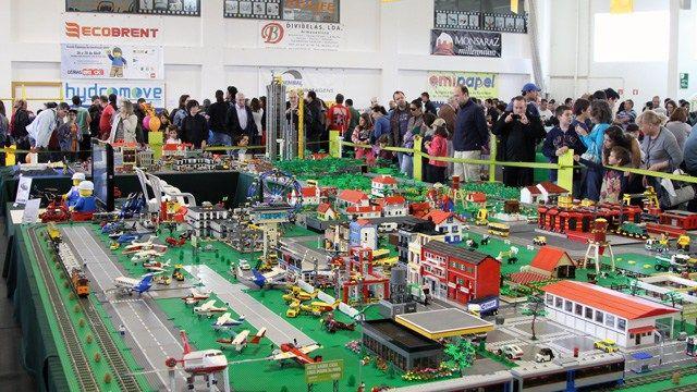 Oeiras Brinka LEGO
