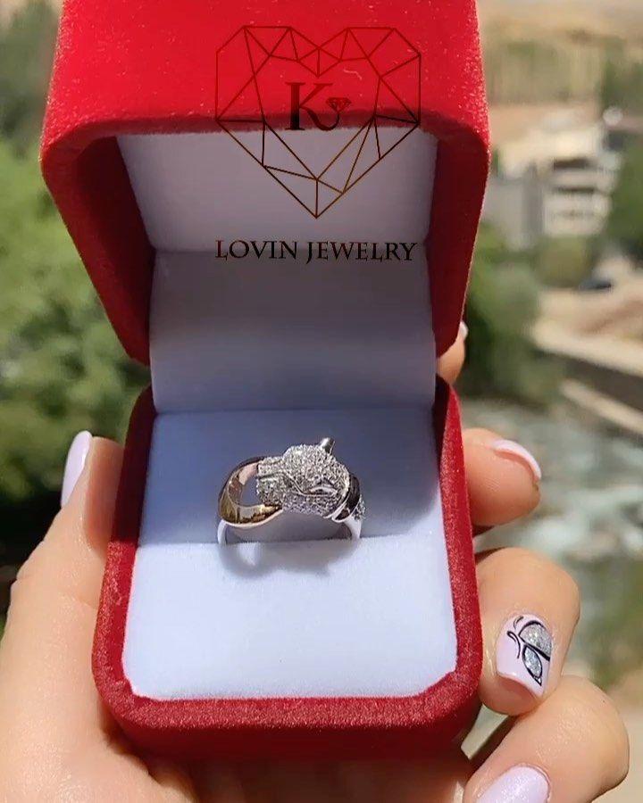 انگشتر طلا وزن 6 35gr قیمت 9 100 000t طلای روز 1 094 000t طلا جواهر طلا لوکس دستبند دستبندطلا انگشتر انگشتر طلا انگش In 2020 Class Ring Jewelry Rings