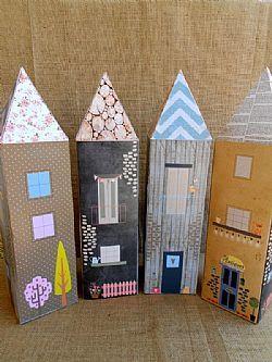 Μεγάλα διακοσμητικά σπίτια από χαρτόνι