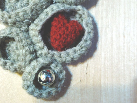 Make Room for Love Brooch by yorokobiness on Etsy, €25.00