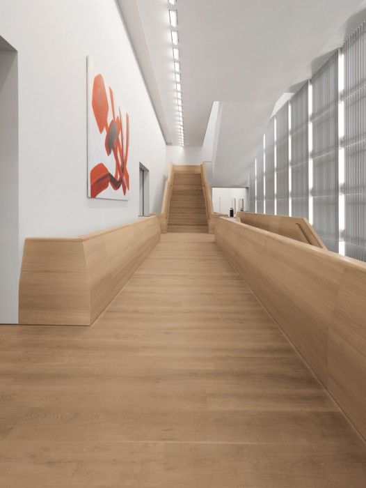 Solid Dinesen Oak plank floors create a discreet background for the art on Museum Brandhorst created by architectural firm Sauerbruch Hutton