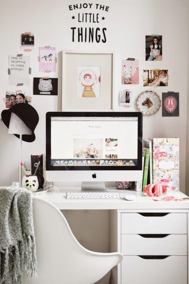 Lovely teen desk   Daily Dream Decor