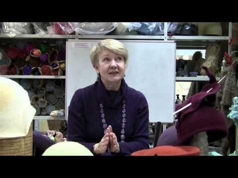 Ирина Спасская: о композиции и декоре как средствах создания единого образа. - YouTube