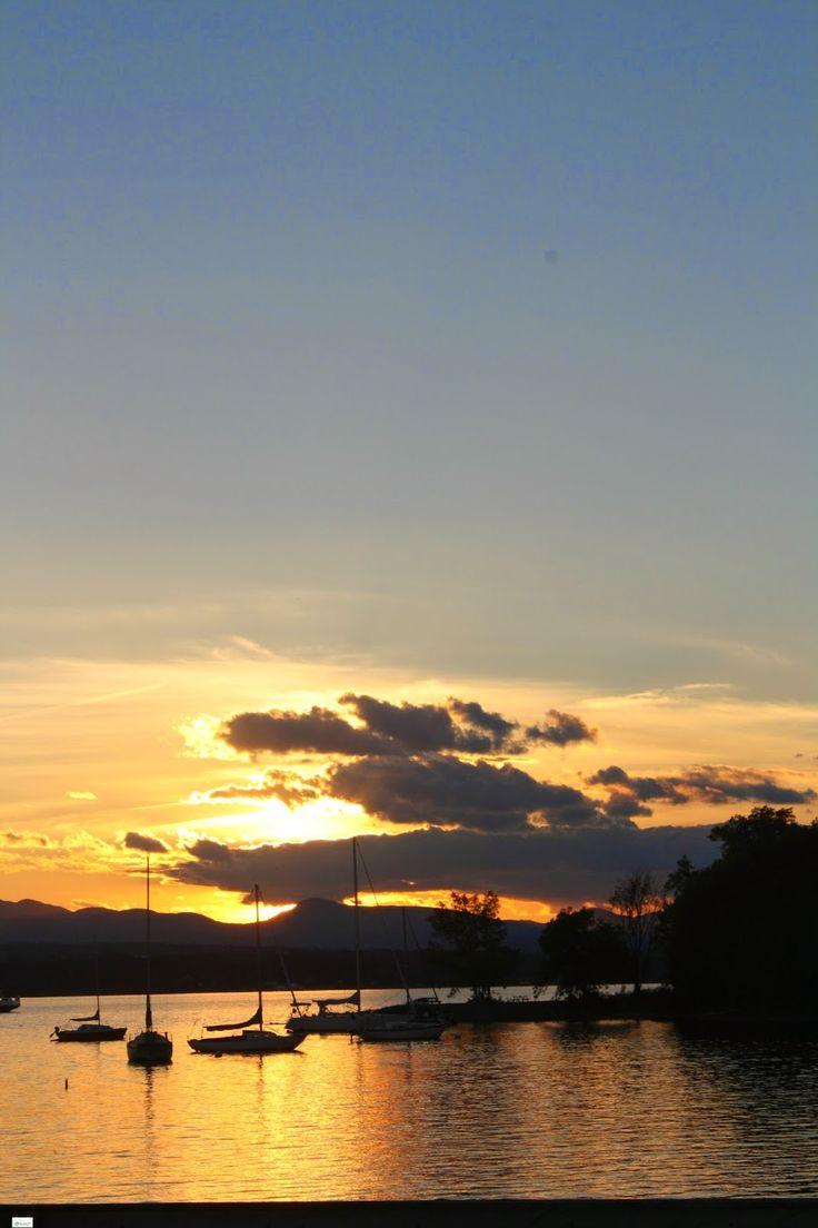 Shelburne, Vermont Sunset (www.caravansonnet.com)