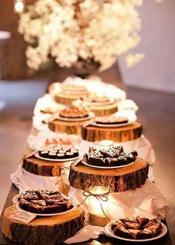 Log slices for cake holder