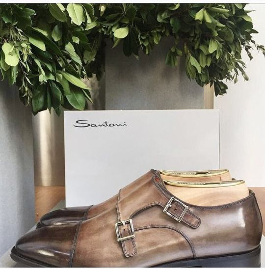 Grey/brown double-buckle shoes by Santoni.    #santoni #shoes #fashion