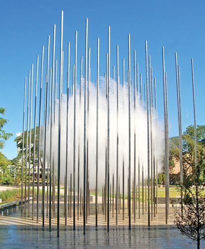 Brilliant misting fountain! Andrea Cochran Landscape Architecture 'Cloud Arbor' Children's Museum of Pittsburgh