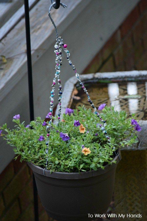 321 best images about hanging flower baskets on pinterest - Summer hanging basket ideas ...