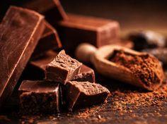 Frauenmond: Diese Schokolade solltest du essen bei Regelschmerzen