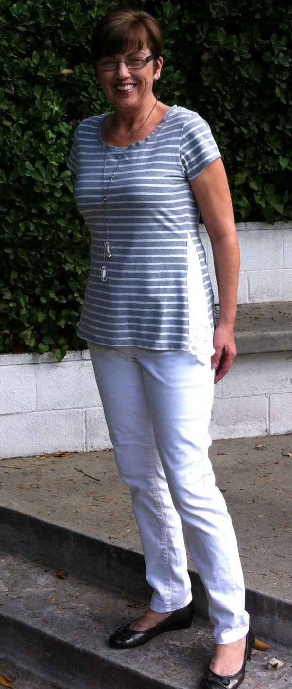 Used linen napkins to add a gusset to the sides of a t-shirt, to slightly widen the bottom of the shirt.  Cute! Easy!