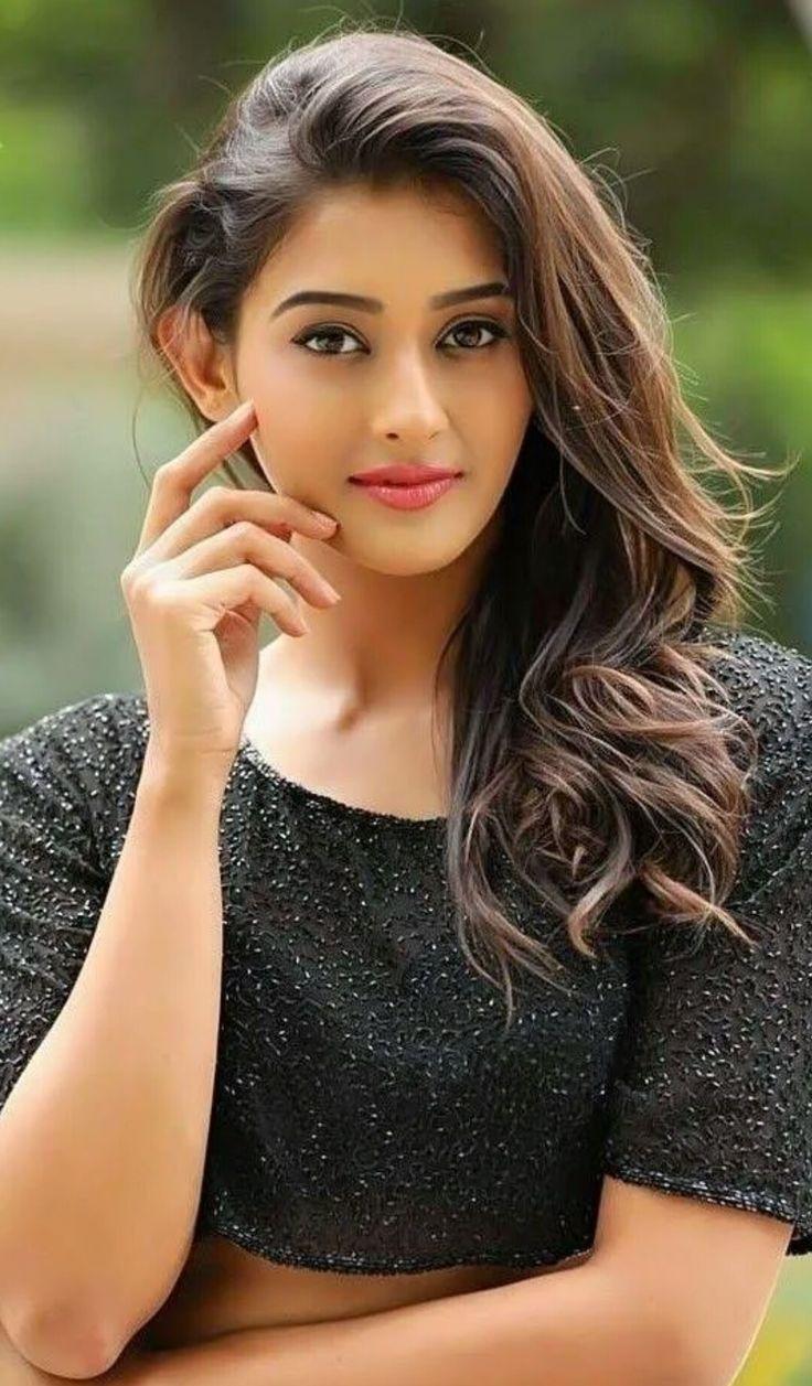 Pin by Satrughana on Poonam samal Beautiful girl face