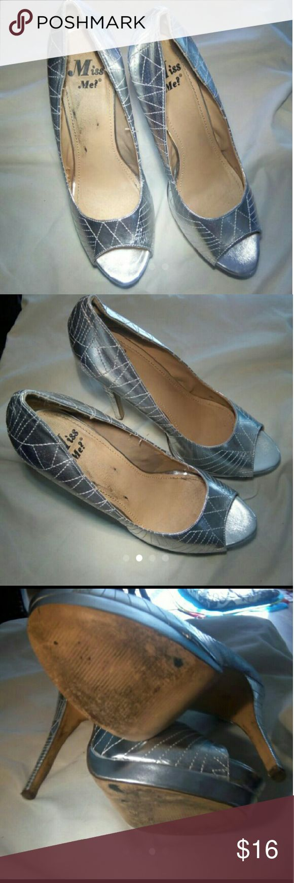 Silver 💋💸👠 miss me heels 💋 size 9 women's These are preloved but still have mileage left the do have a very small amount of peeling inside one shoe but it doesn't affect it very bad at all these have a super Hill for the super daring woman for the perfect night out they are silver a size 9 in the miss me brand shoes make a bundle save a bundle Miss Me Shoes Heels