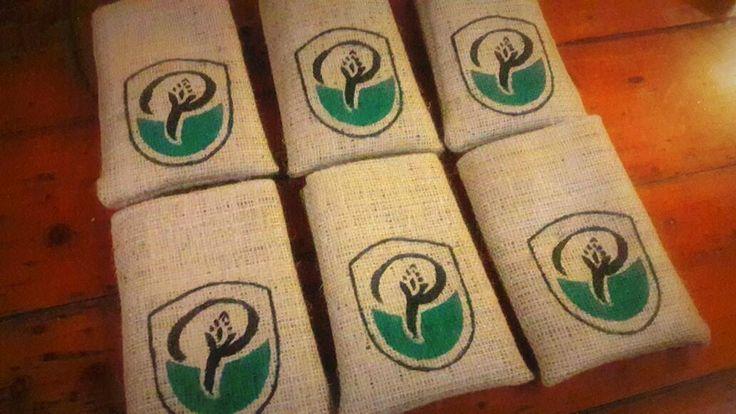 Bolsitas de Arpillera 12x15  #souvenirs #arpillera #bolsas #rustico #tela #vintage #handmade #cumpleaños #recuerdos #estampa #arpillerapintada #casamientos #fiestasde15