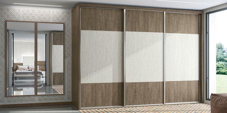 Armario puertas correderas guía suelo y techo, modelo C
