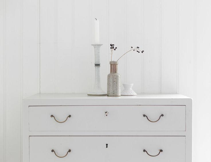 summer cottage, white vintage chest | By Studio Oink