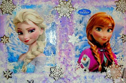 Party decorations with Frozen