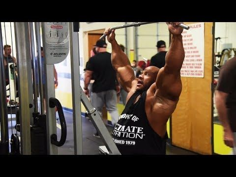 Phil Heath Talking about Nutrition & Multivitamins in Bodybuilding - YouTube