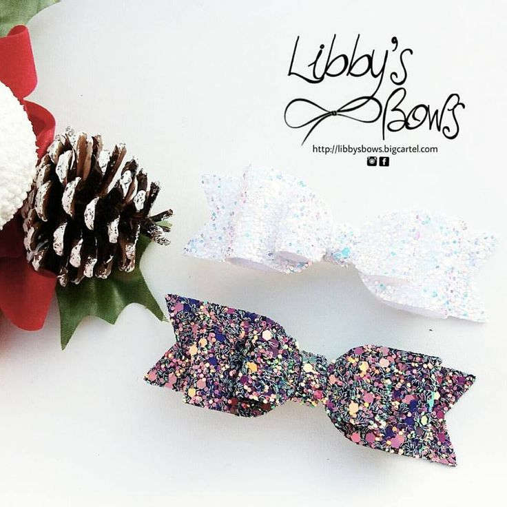 Beautiful Sparkly Bows!!Medium 3.5 inch doudle bows perfect sparkly gift.Winter Wonderland is the whiteish glittery colour.Witches Cauldron the darker glittery bow.All our bows come on cl...