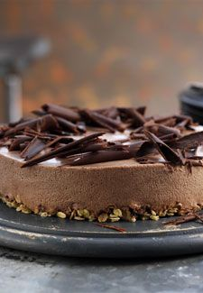 Crunchy chocolate cheesecake