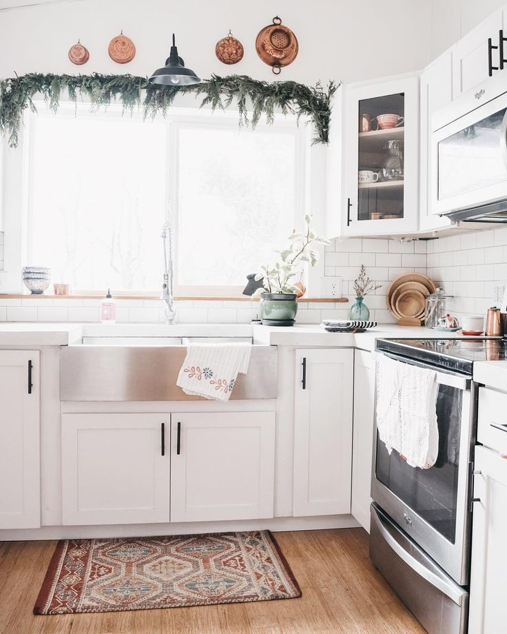 """Rachel 