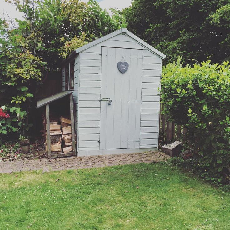 best 10 painted shed ideas on pinterest small sheds. Black Bedroom Furniture Sets. Home Design Ideas