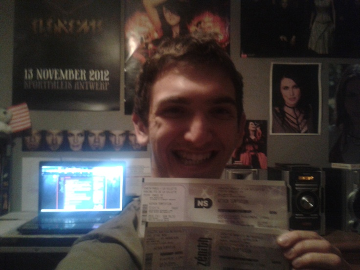 I know we can't really see the venues on the tickets but I'm going to rock with Within Temptation at Paris and Nantes in January next year!!! Both events taking place at the amazing venues; the Zénith!!! :D just can't wait to be there!!! And Sharon...remember...you promised to stay and for us outside... ^^ lol