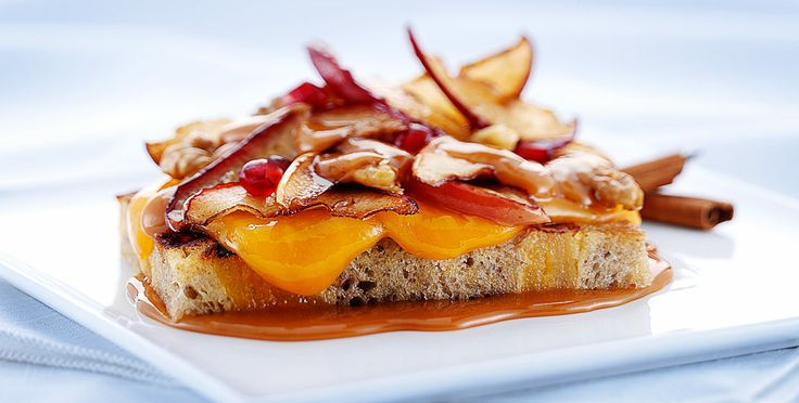 The Appleton Grilled Cheese (Wisconsin Cheddar, fresh apples, and salted caramel sauce atop a slice of brioche): Appleton Grilled, Recipe, Sauce Atop, Salted Caramel Sauce, Cheese Sandwich, Cheese Academy, Grilled Cheeses, Fresh Apples, Salted Caramels
