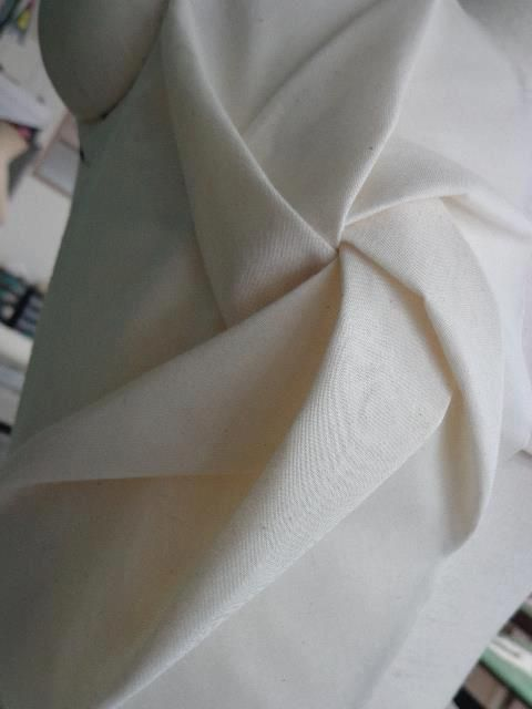 Origami Folds, fabric manipulation idea for fashion design; dimensional pattern creation