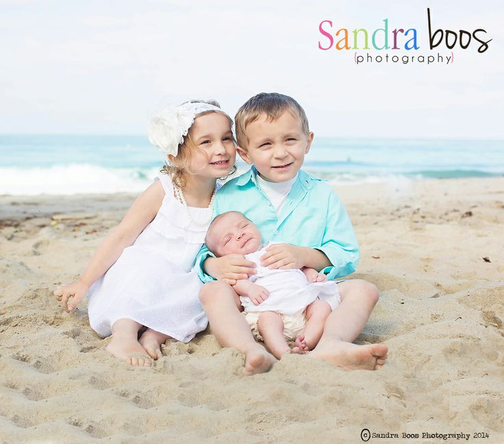 Fresno California Photographer Sandra Boos Photography Beach Children Poses Family