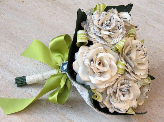Paper Flowers / Alternative Bridal Bouquet / Vintage music sheets / Wedding / Ivory Cream Paper Roses / Paper Bouquet
