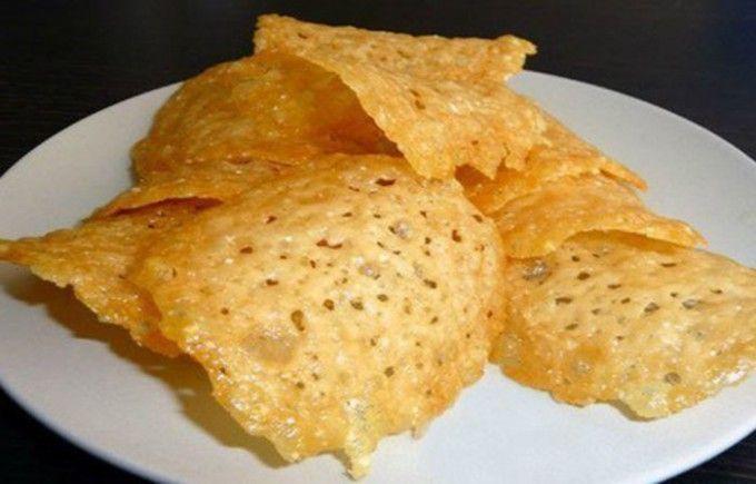 Jednoduché sýrové chipsy | NejRecept.cz
