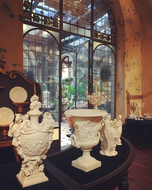 LAUsNOTEbook: Breakfast at Richard Ginori's Firenze