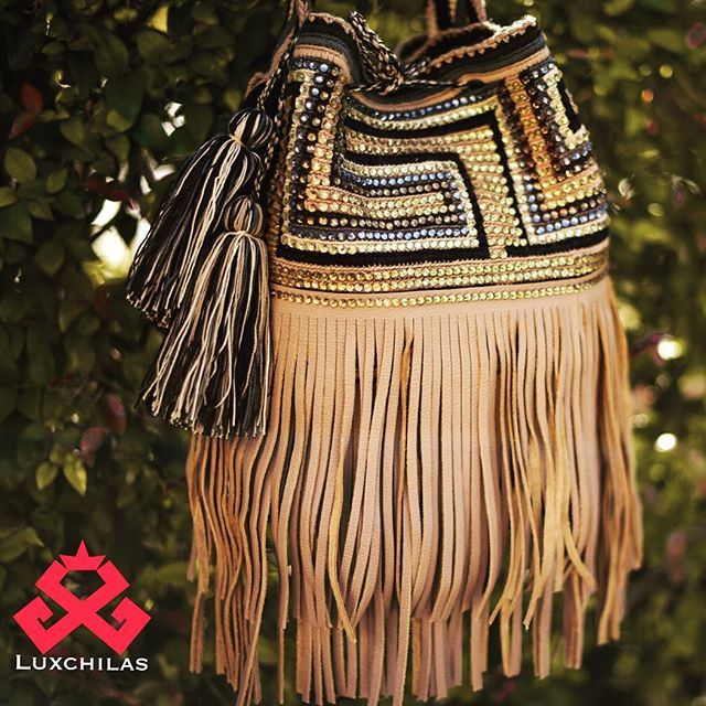 #GypsyBottom ✨✨ #LuxuryMochilas #LUXCHILAS #oneofakind #crystals #bohochic…