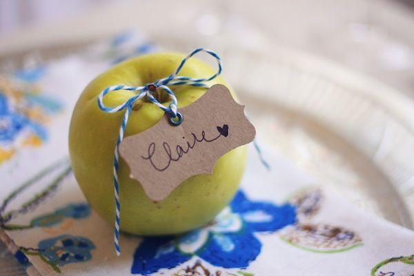 DIY apple place cards