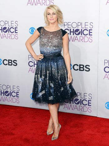 People's Choice Awards 2013 Red Carpet Arrivals: Julianne Hough
