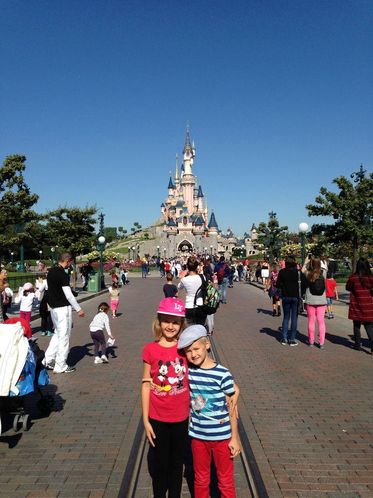 Disneyland Paris | Magia copilariei la orice varsta