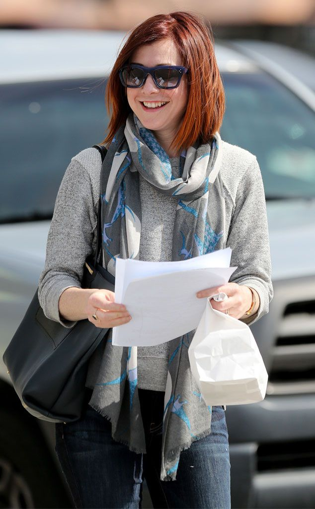 Alyson Hannigan's deep navy blue shades were a fabulous choice for her light skin tone and deep red locks! The color POPS on her!
