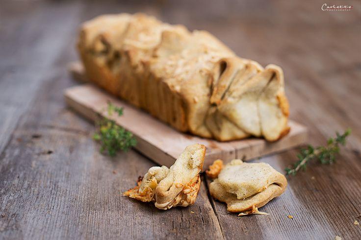 Knuspriges Zupfbrot mit Käse