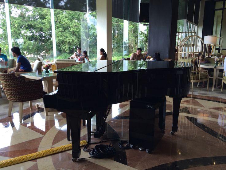 At the Lobby, Taal Vista Hotel Tagaytay