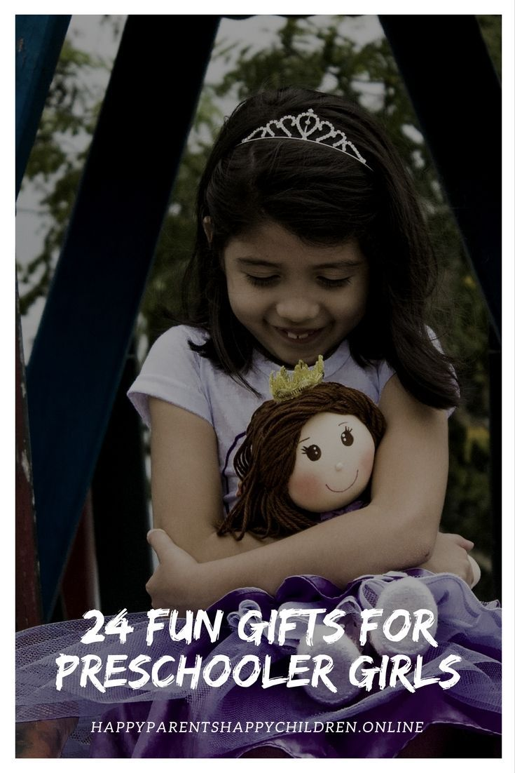 Here is my list of the best toys for preschooler girls this Christmas. And with a little bit of luck, your girls might fall in love with their gifts! #toyideas #toys #toystagram #toysforgifts #giftsforgirl #girlstoys #girlsgifts #girlsgiftideas #girlsgiftguide #giftsforgirls2017