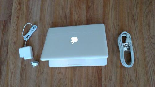 Apple-MacBook-White-13-MC516LL-A-250GB-HDD-2-40GHz-2GB-Ram-LATEST-MAC-OS