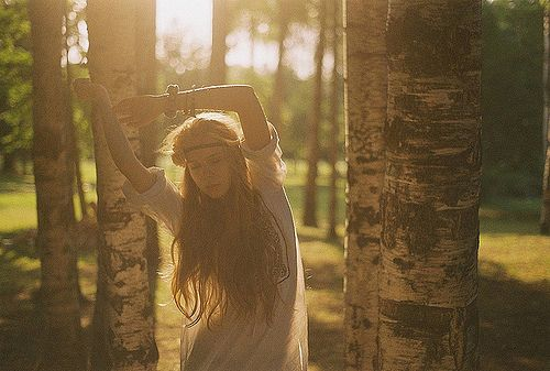 http://www.textnovel.com/cover_images/8799/girl%20in%20the%20woods.jpg